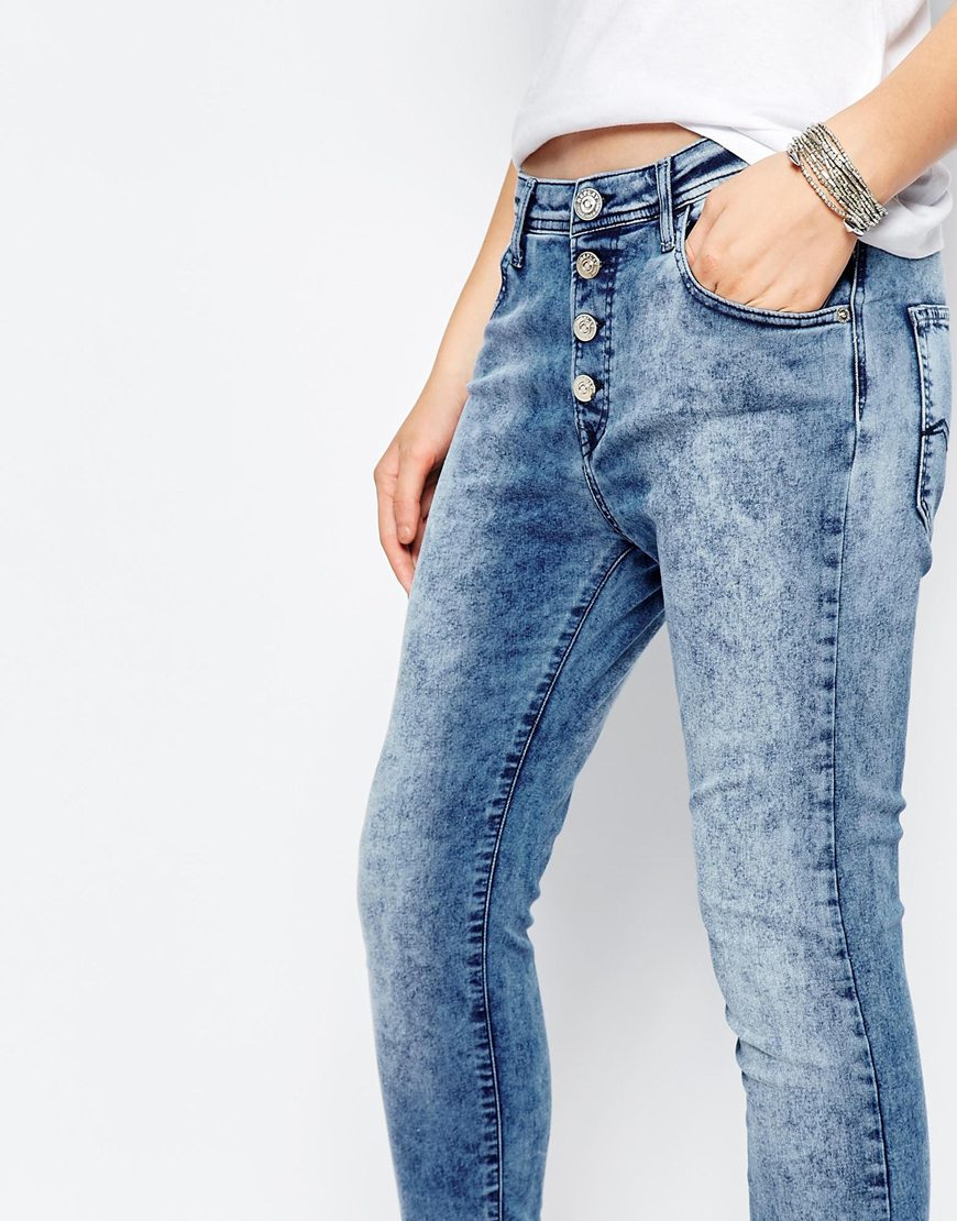 replay pilar boyfriend jeans with exposed button in blue. Black Bedroom Furniture Sets. Home Design Ideas