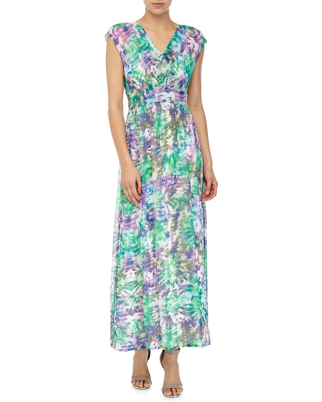 Lyst - Neiman Marcus Floral-print Pleated Sleeveless Maxi ...