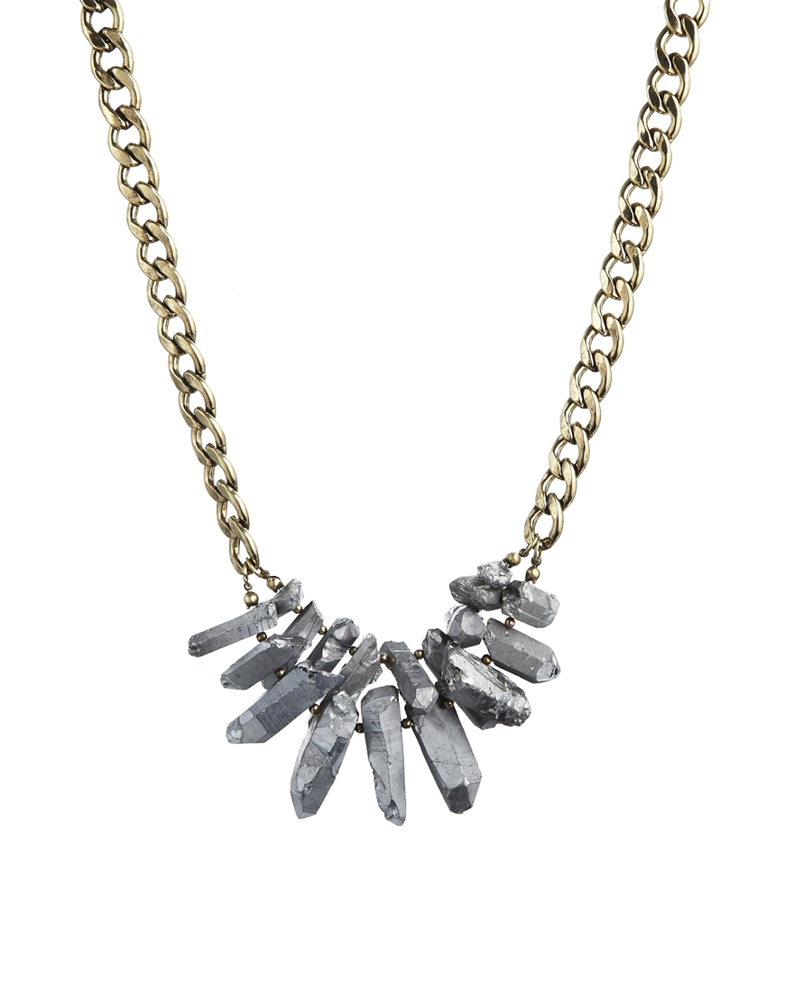 Pull bear pull bear stone necklace in metallic lyst for Jewelry stores in bear delaware