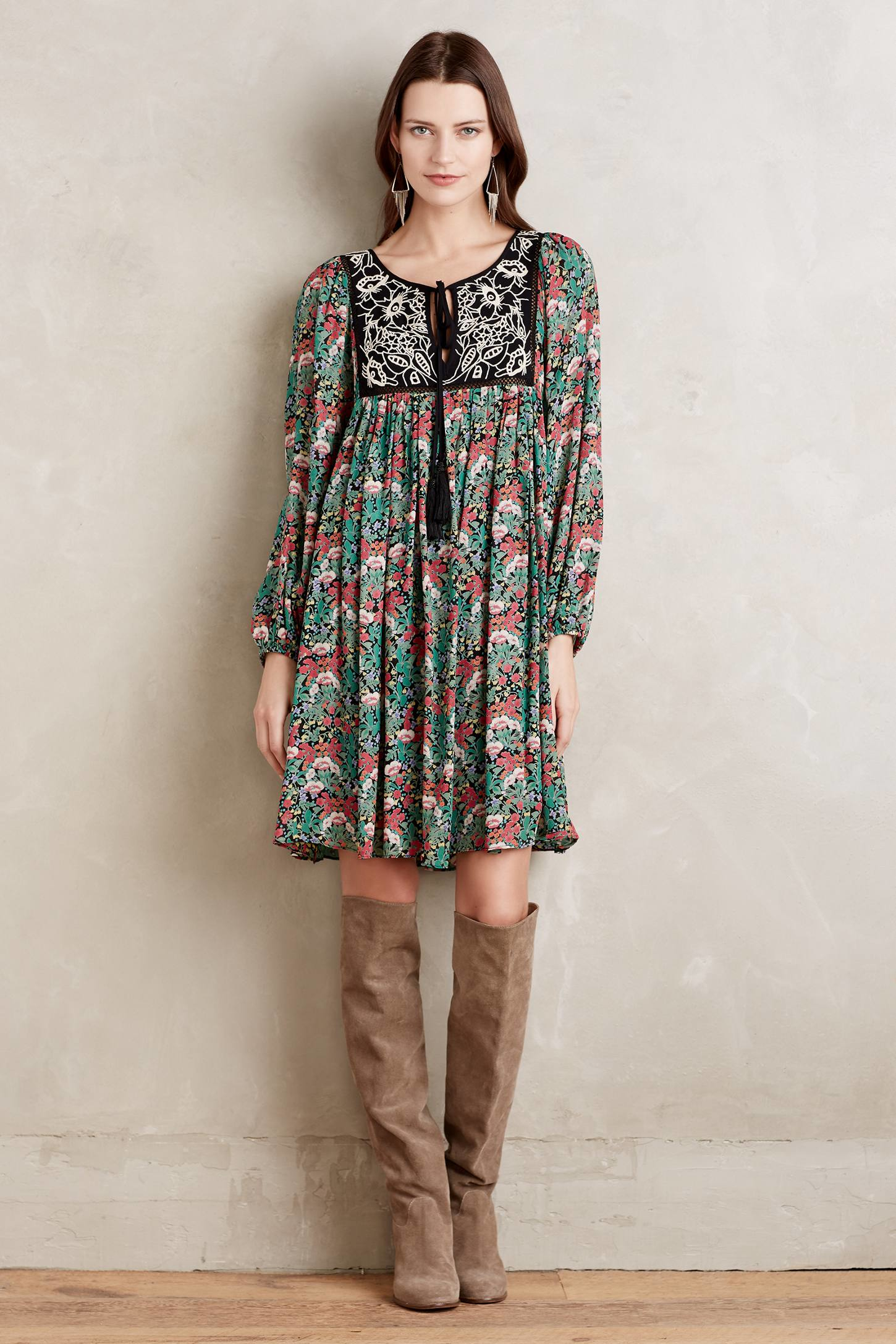 Shop our Collection of Women's Peasant Dresses at 10mins.ml for the Latest Designer Brands & Styles. FREE SHIPPING AVAILABLE!