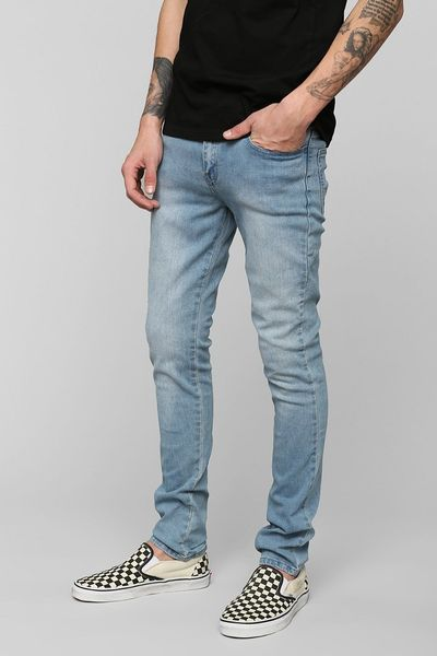 See our guide to the best jeans for men and essential denim care. Types of Skinny Jeans Slim Leg Jeans. Possibly the most versatile fit, the slim leg jeans is flattering on heavier thighs as the tapered ankle works to elongate and slim the silhouette. The beauty of the stonewashed look, and no doubt the reason for its ubiquity is its.