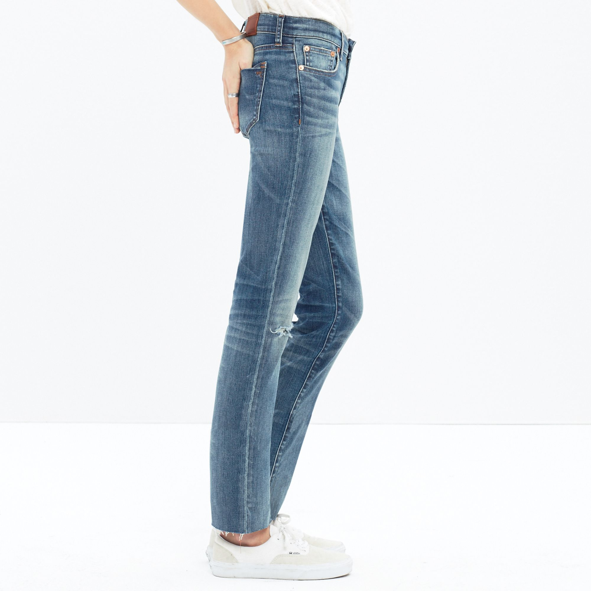26a23a7052381 Lyst - Madewell Alley Straight Crop Jeans  Drop-hem Edition in Blue