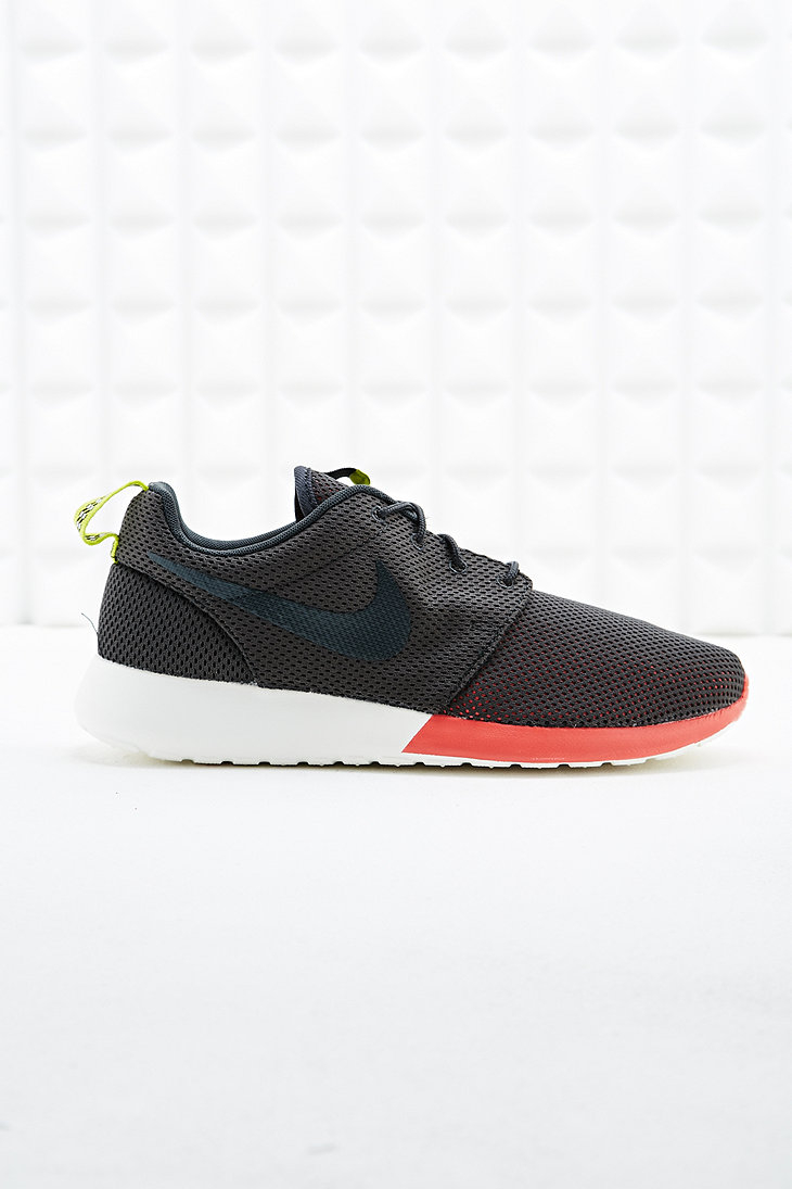 Roshe Run Trainers in Charcoal and Orange in Gray for Men  DARK GREYRoshe Run Grey Orange