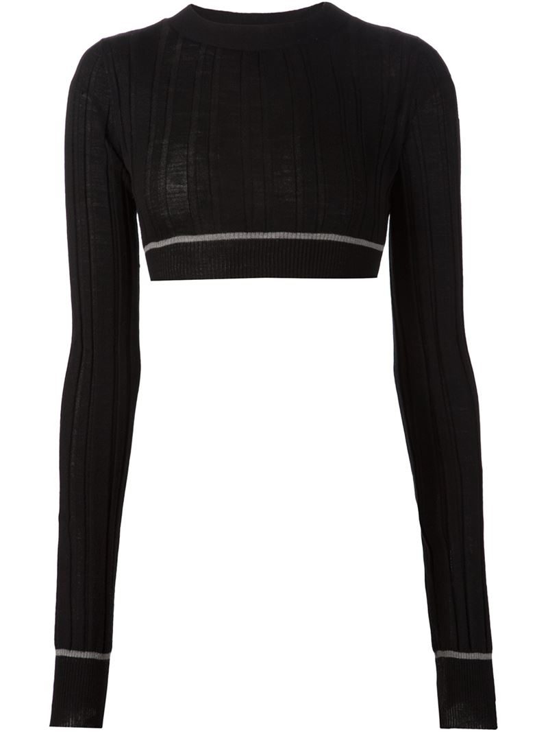 Vera wang Cropped Ribbed Sweater in Black | Lyst