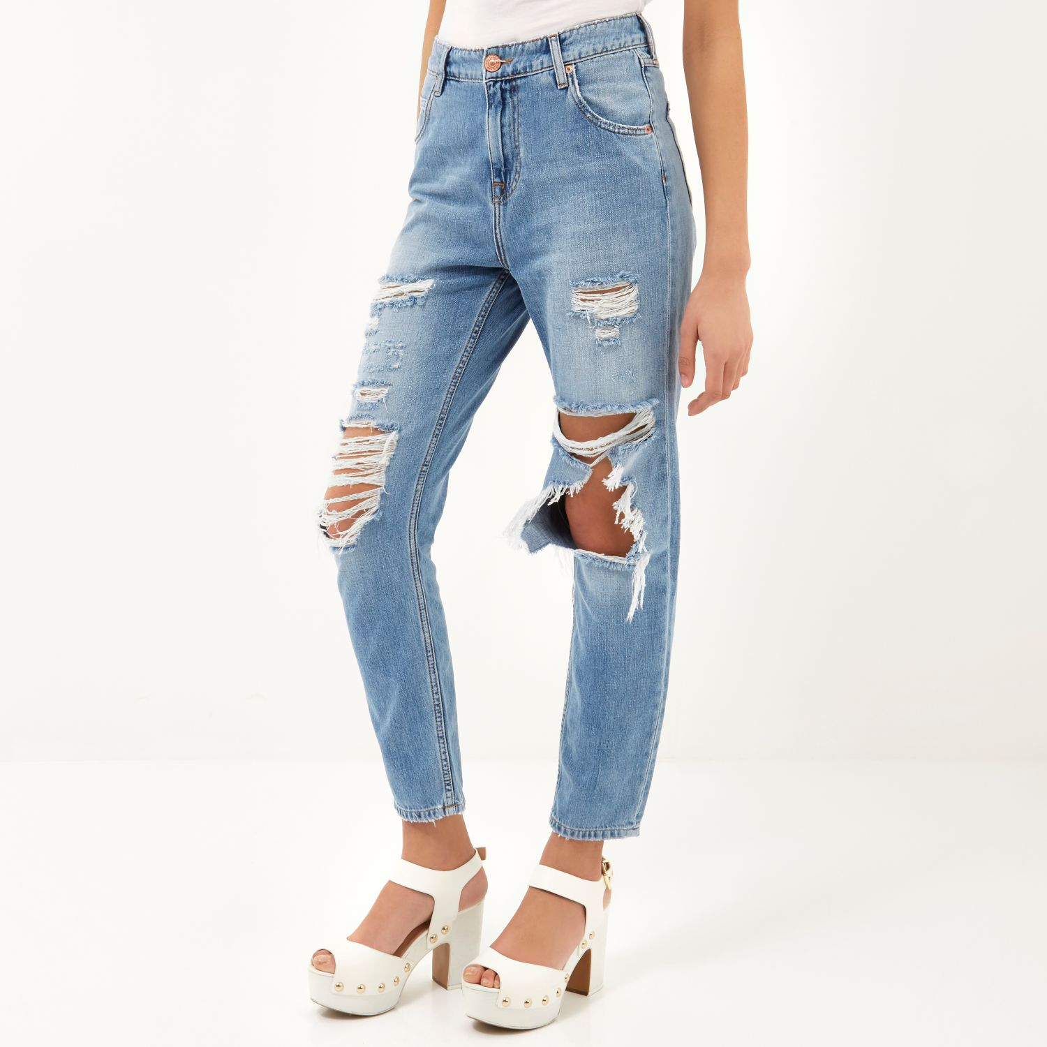 c6050319f6 River Island Mid Wash Ripped Slim Mom Jeans in Blue - Lyst
