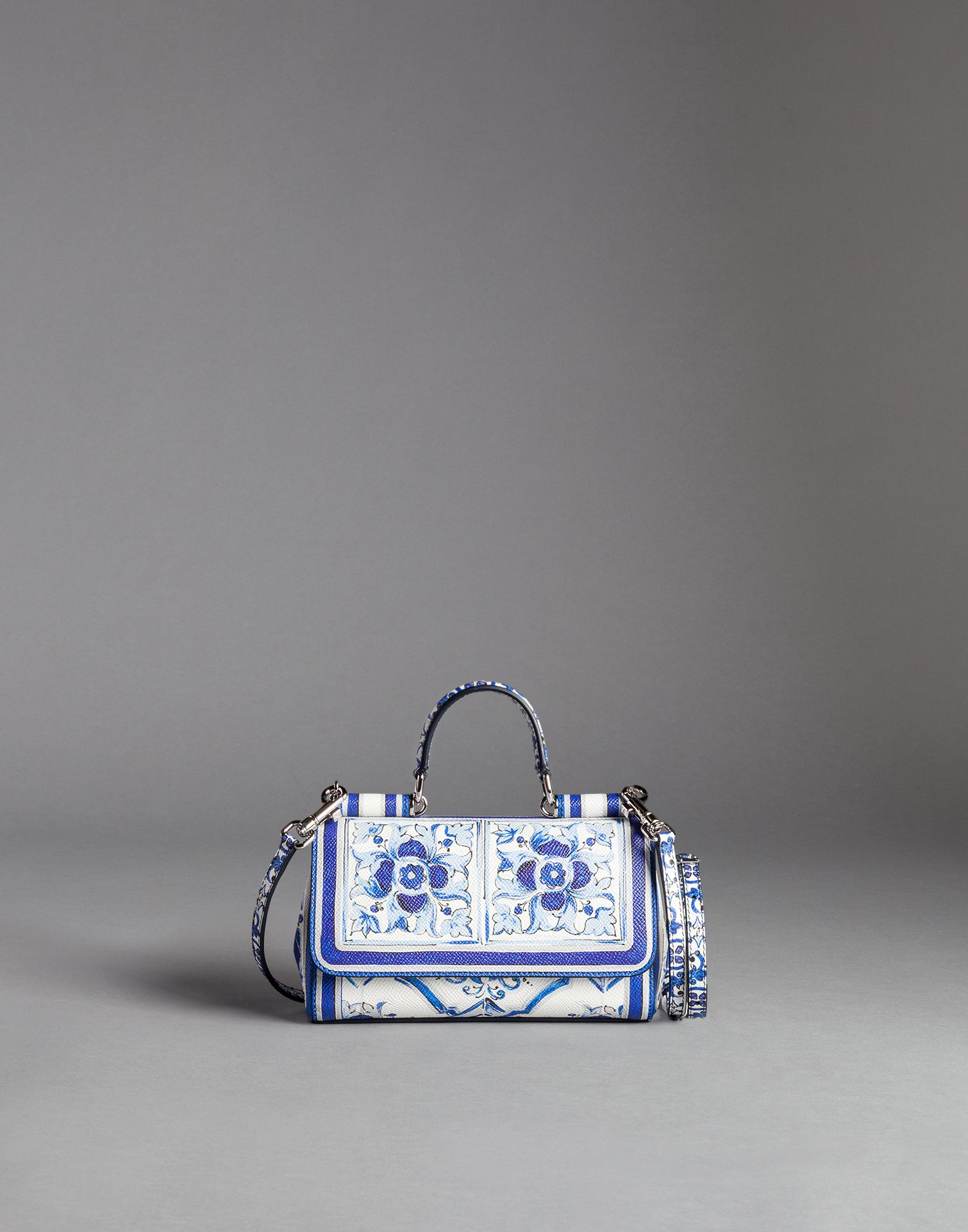 5eddc4e0dc Lyst - Dolce   Gabbana Blue Majolica Print Dauphine Sicily Shoulder ...
