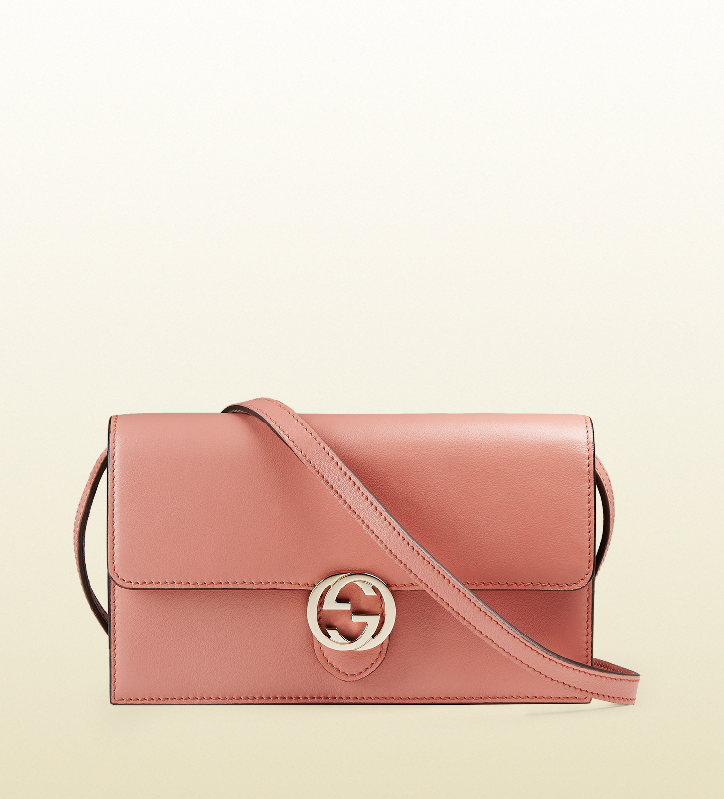 7a1d8fc15f5 Gucci Icon Leather Wallet With Strap in Pink - Lyst