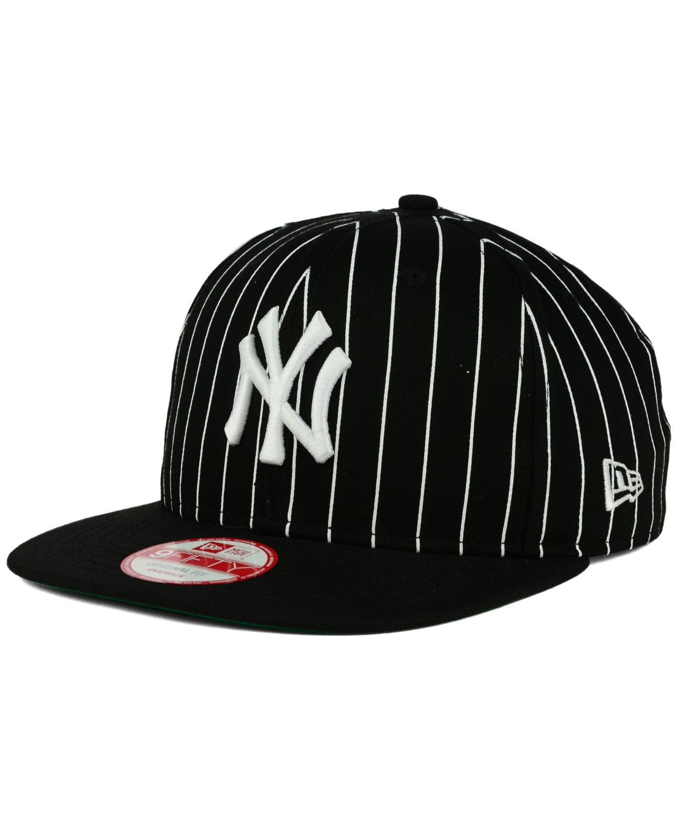 cbed39b88a995 KTZ New York Yankees Vintage Pinstripe 9fifty Snapback Cap in Black ...