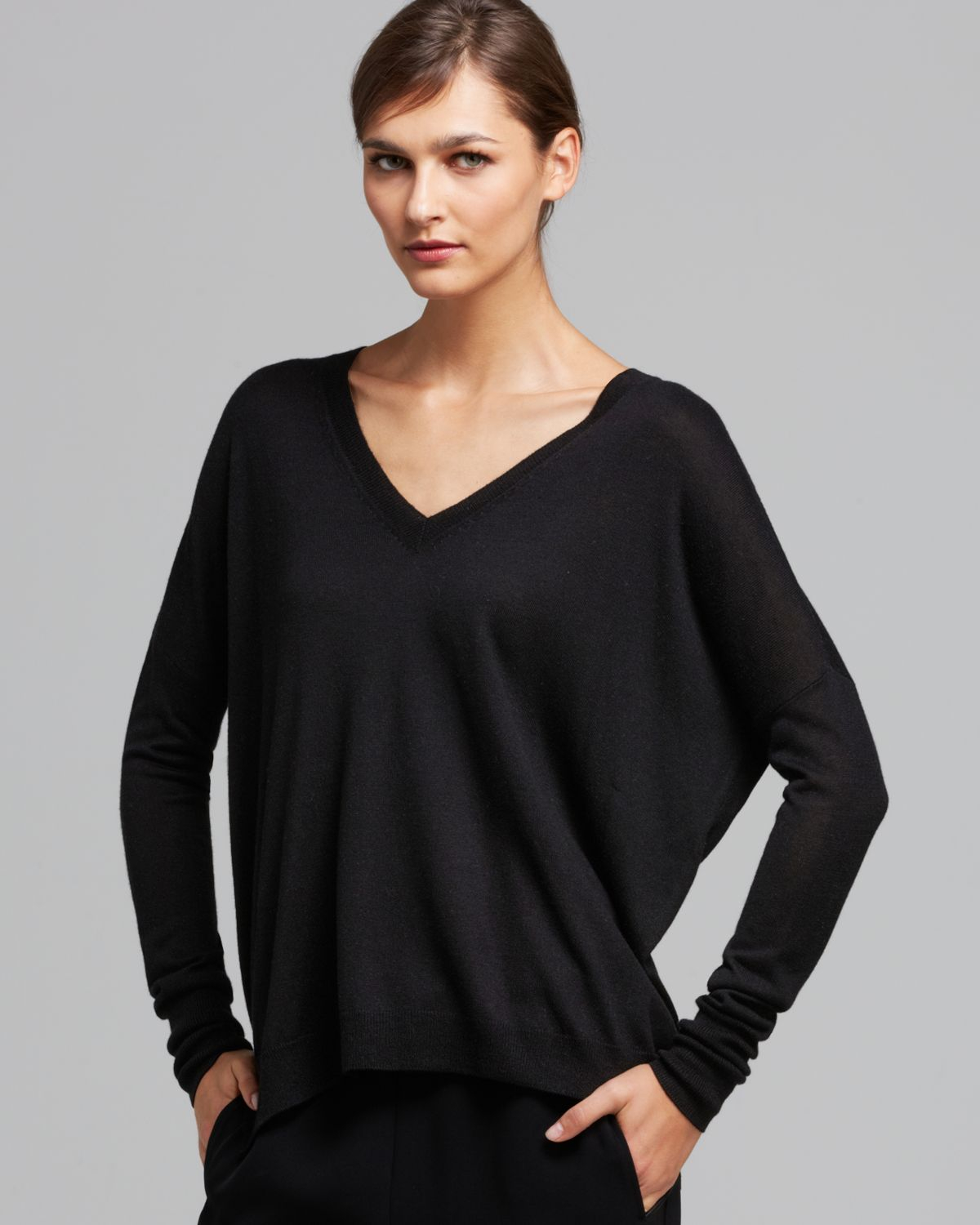 Vince Sweater Double V Silk Cashmere in Black | Lyst