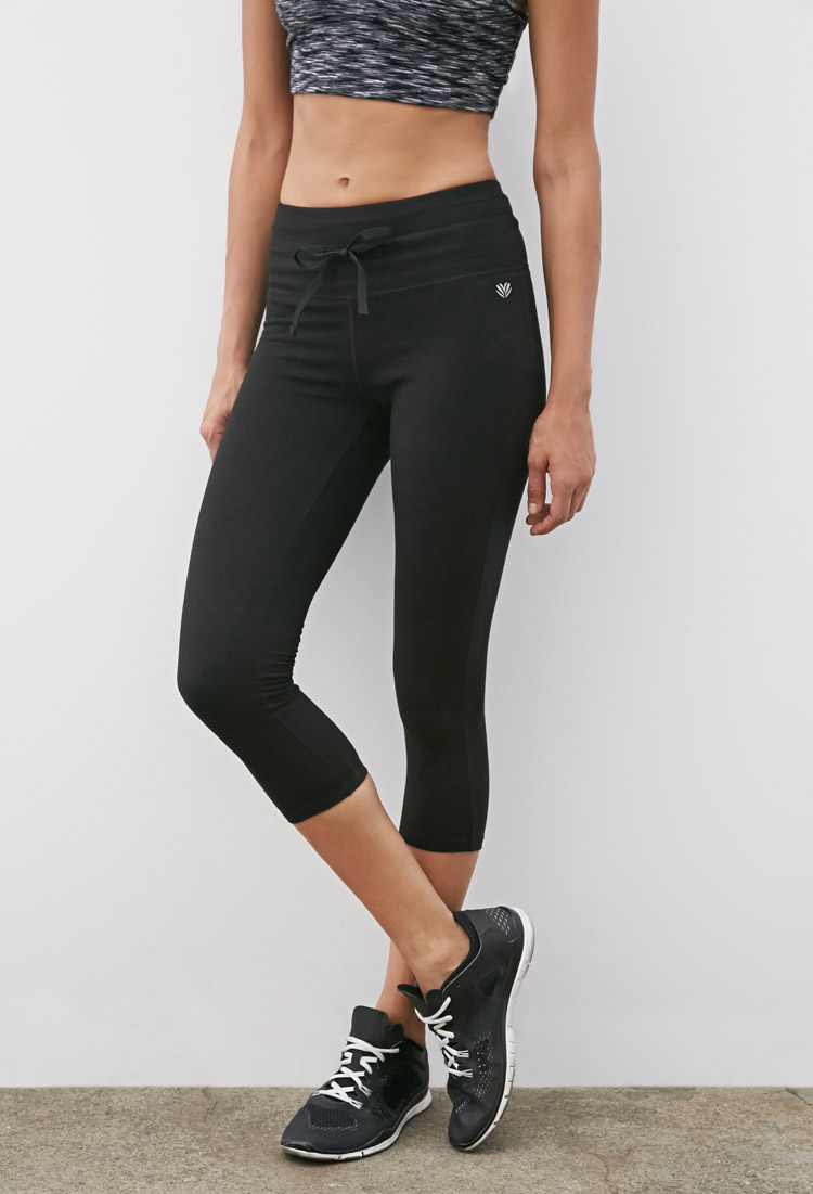 Forever 21 Active High-waisted Capri Leggings in Black | Lyst