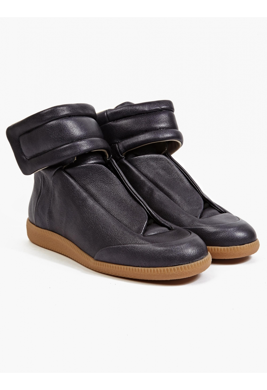 maison margiela 22 men 39 s black hi top leather future sneakers in black for men lyst. Black Bedroom Furniture Sets. Home Design Ideas
