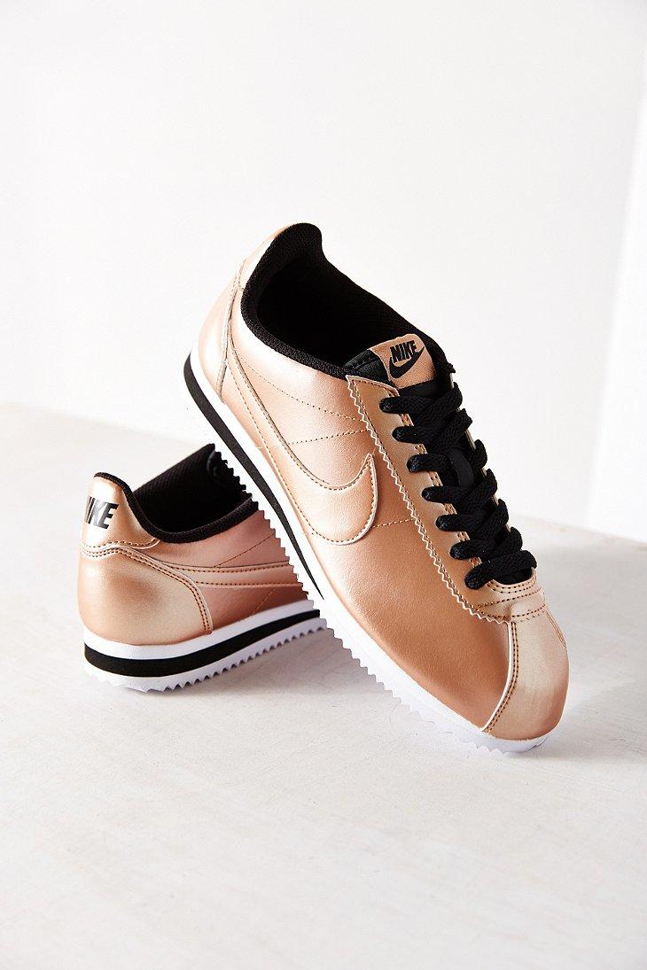 save off fb486 94114 Nike Women's Classic Cortez Leather Sneaker in Metallic - Lyst