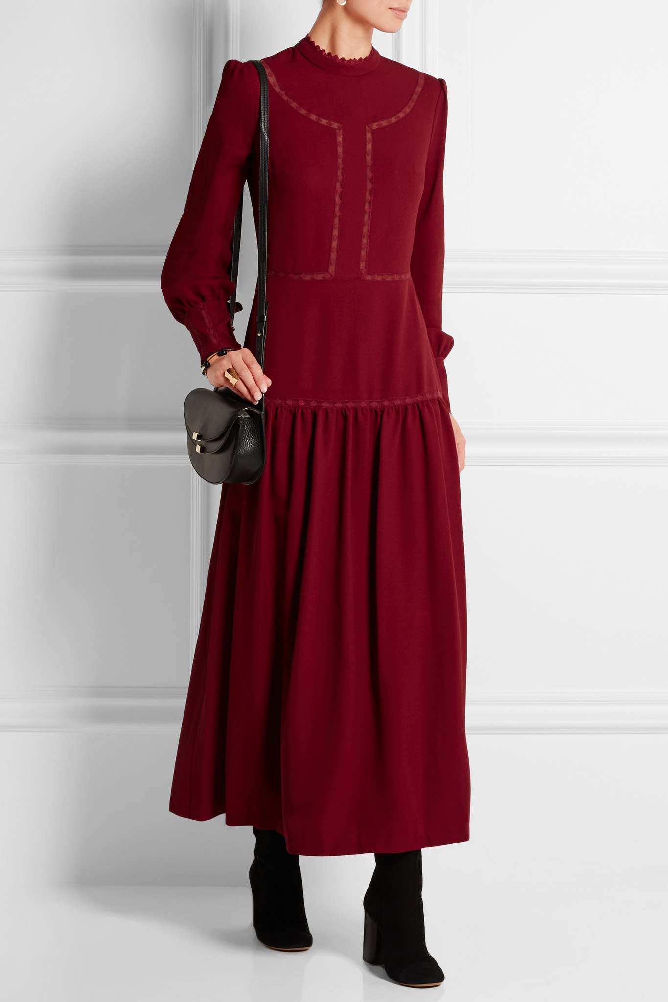 Vilshenko Lara Embroidered Crepe Midi Dress In Red Lyst Clarette Sneakers Christelle White Gallery