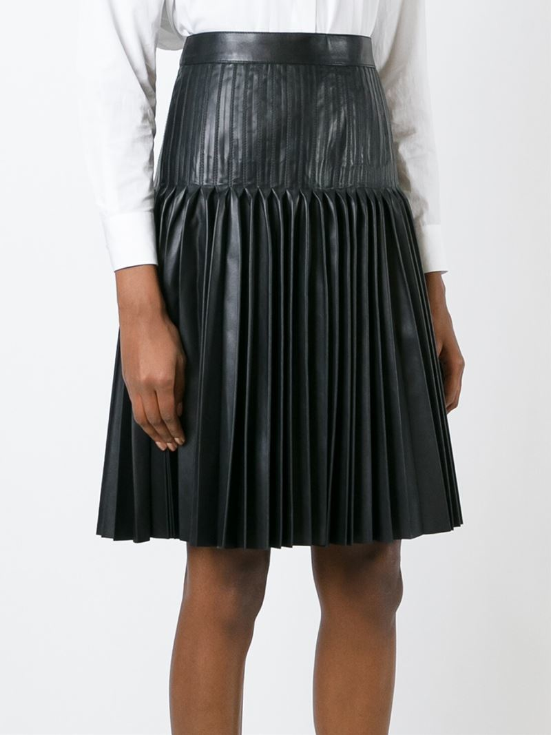 Givenchy Pleated Leather Skirt in Black | Lyst