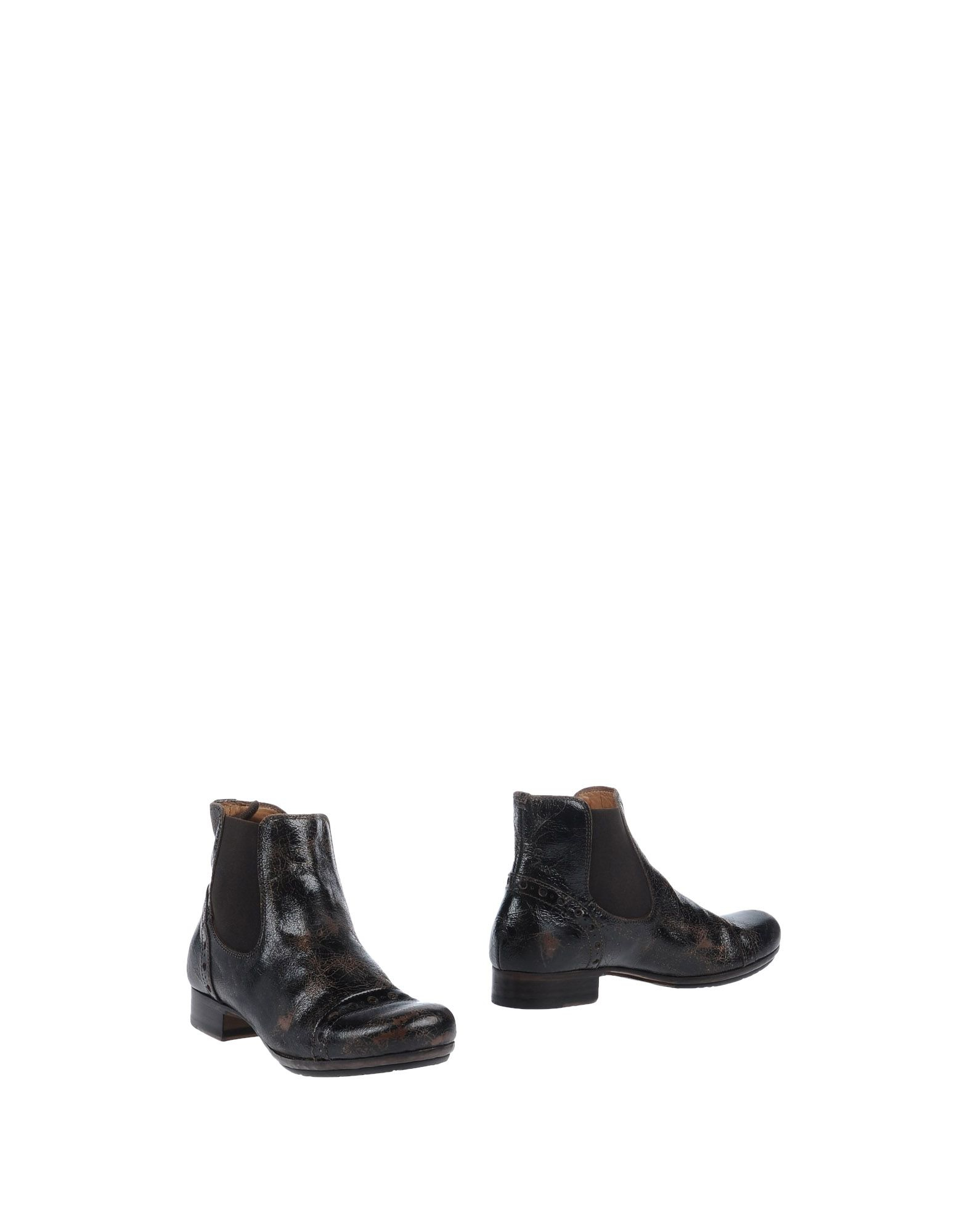 Pantanetti Ankle Boots in Black