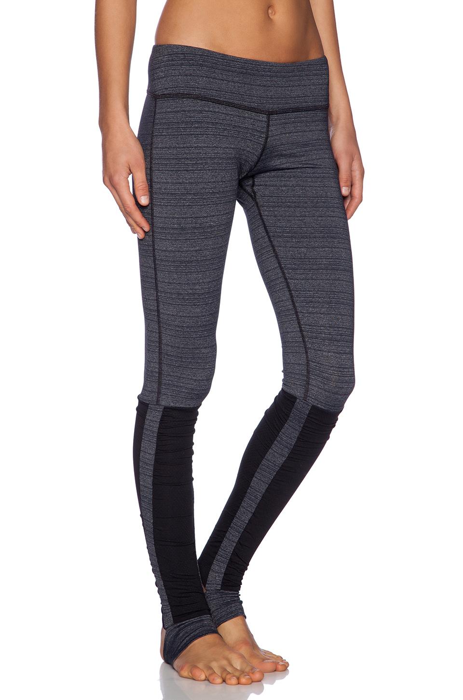 Vimmia Stirrup Legging in Gray | Lyst