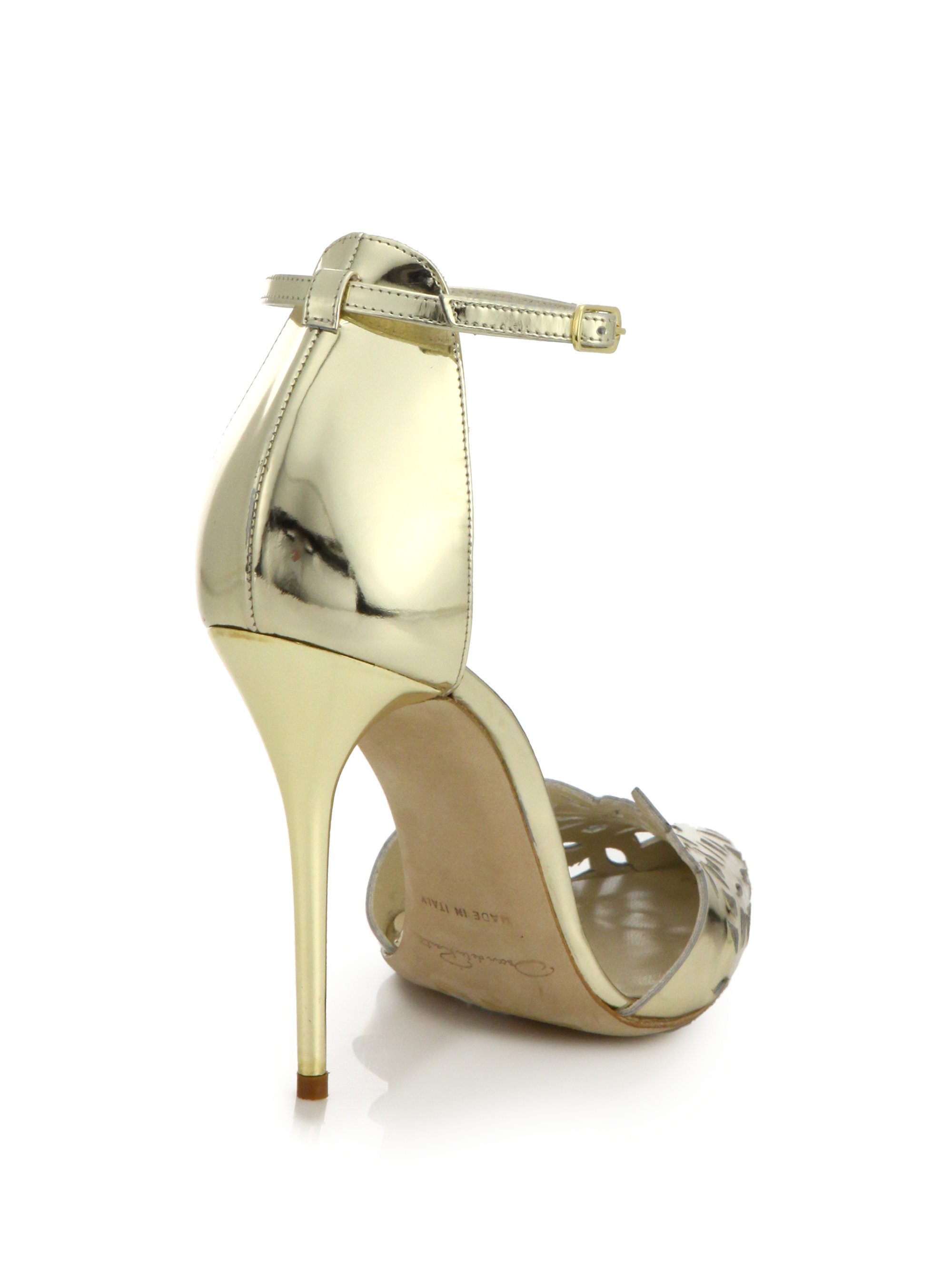 free shipping with paypal clearance 100% authentic Oscar de la Renta Leather Laser Cut Pumps free shipping outlet buy cheap with paypal vOkgymL