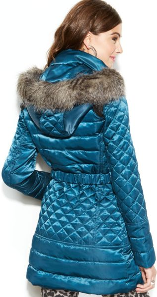 Guess Coat Hooded Faux Fur Trim Quilted Puffer In Blue