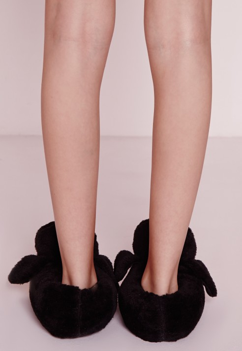 6bd044bdbf8125 Lyst - Missguided Penguin Slippers in Black