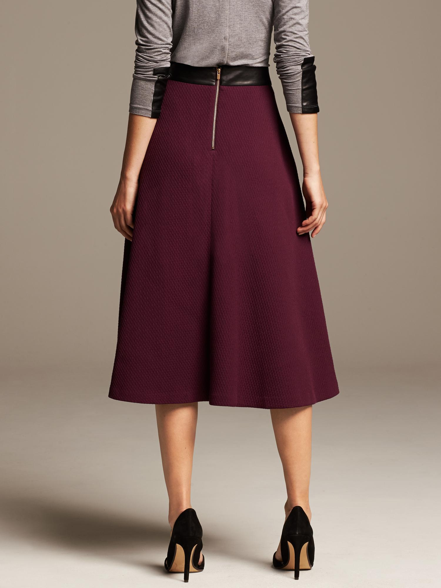 Banana republic Burgundy Jacquard Midi Skirt in Purple | Lyst