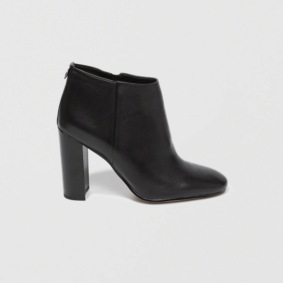 e64591baa1c97 Lyst - Sam Edelman Cambell Booties in Black