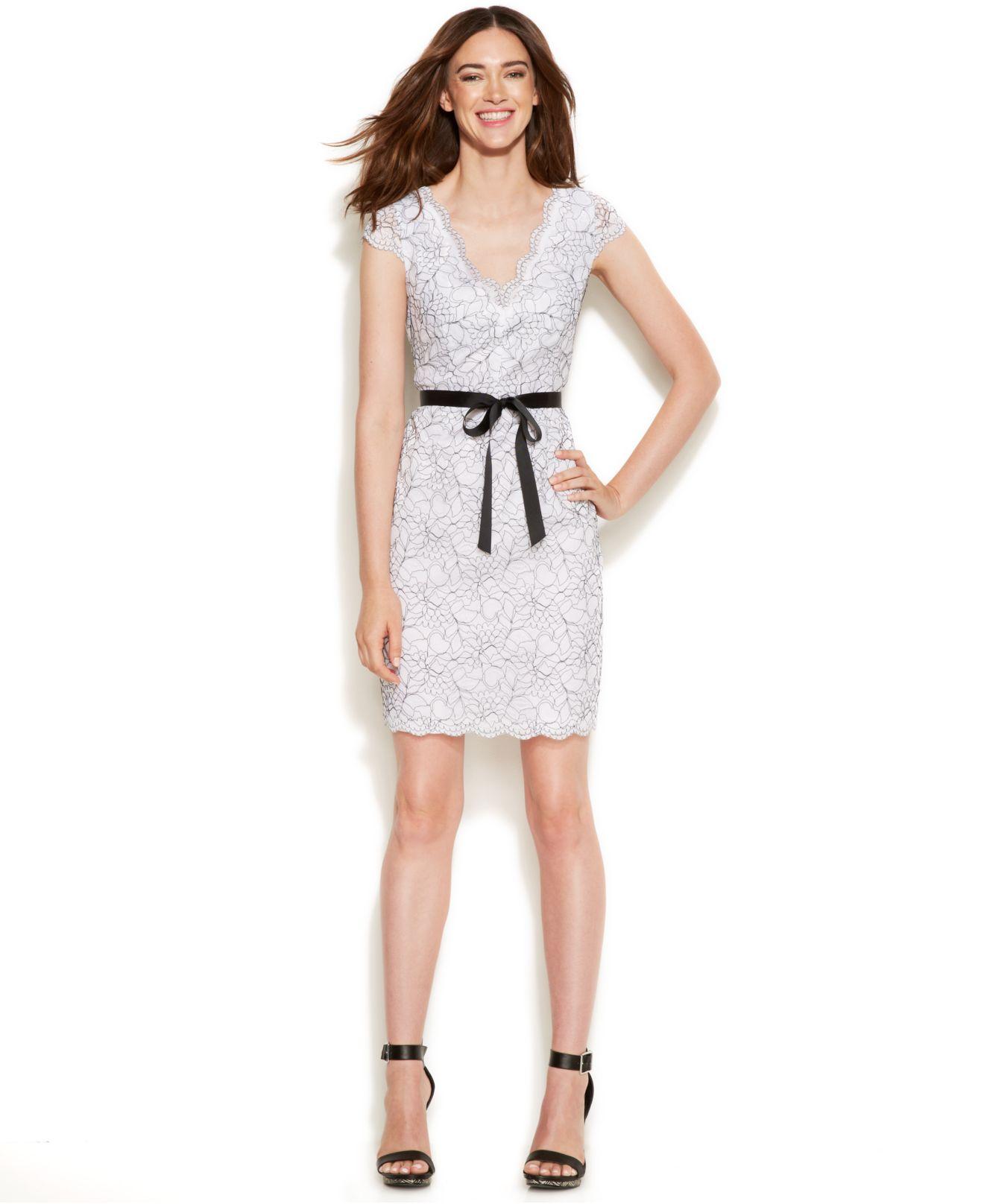 Calvin klein Cap-sleeve Lace Sheath Dress in White | Lyst