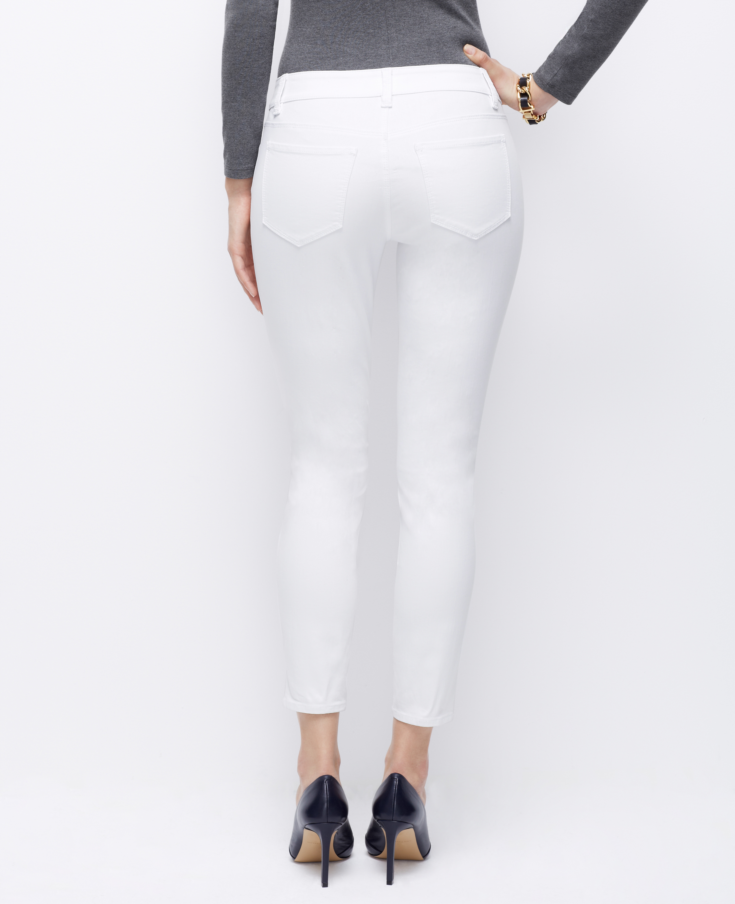 Ann taylor Petite Curvy Skinny Ankle Jeans in White | Lyst