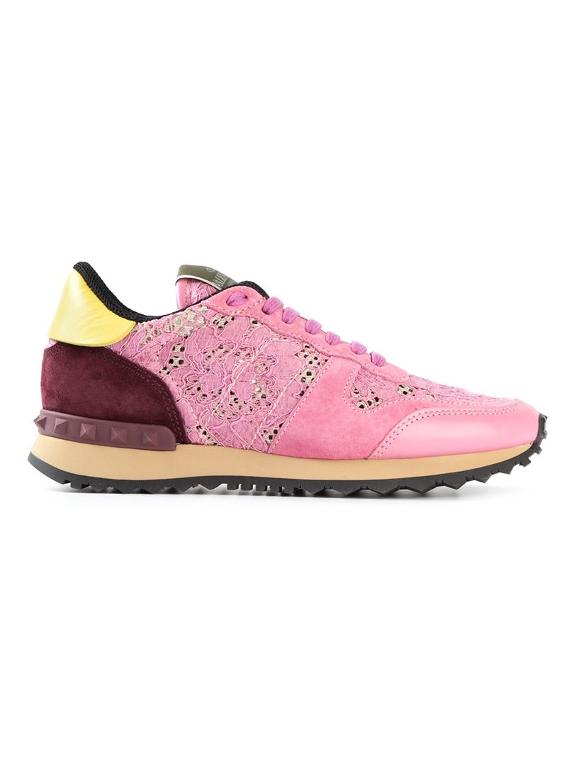 valentino rockrunner lace sneakers in pink lyst