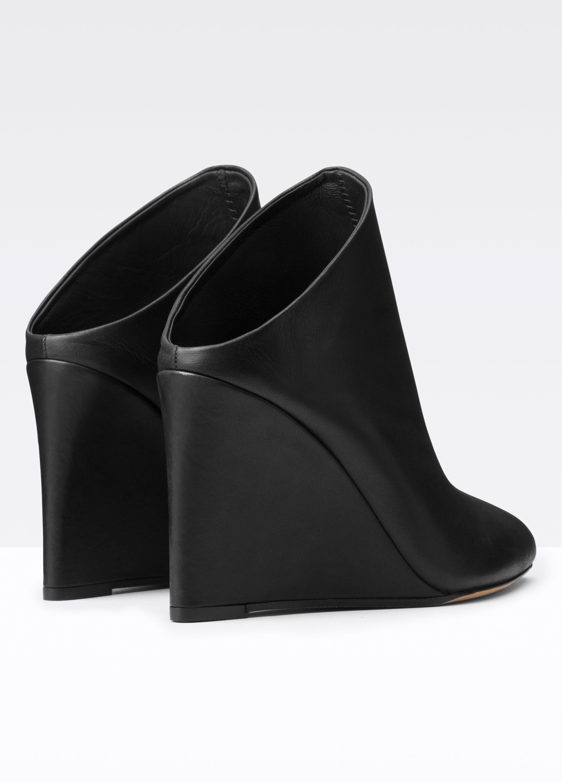 Lyst Vince Vail Leather Wedge Mules In Black