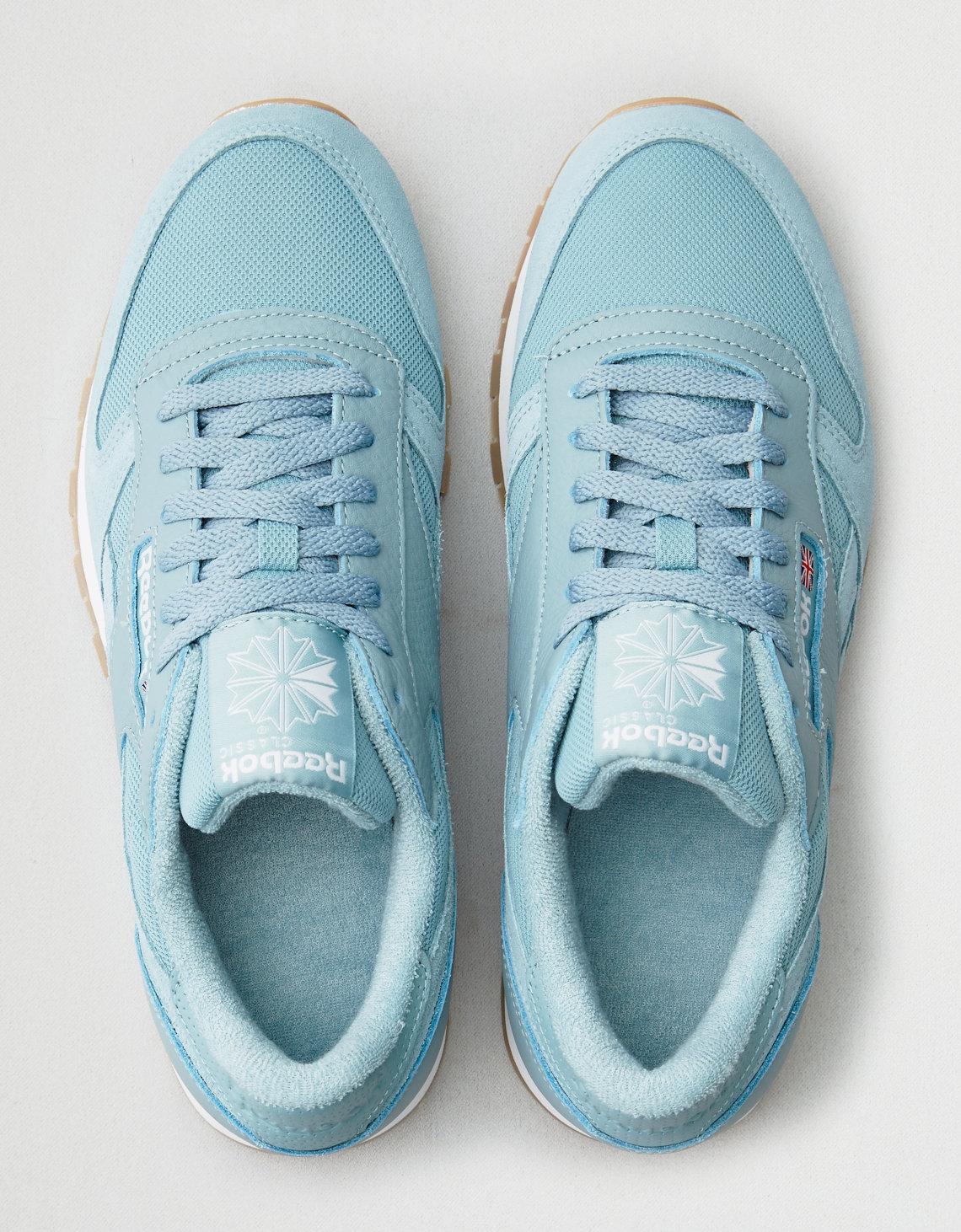 b35e359a8eb Lyst - American Eagle Reebok Cl Leather Estl Sneaker in Blue for Men