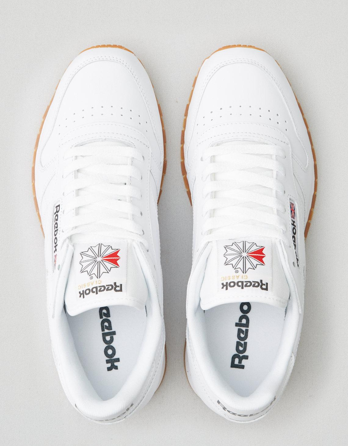 393fab0a175 Lyst - American Eagle Reebok Classic Leather Sneaker in White for Men