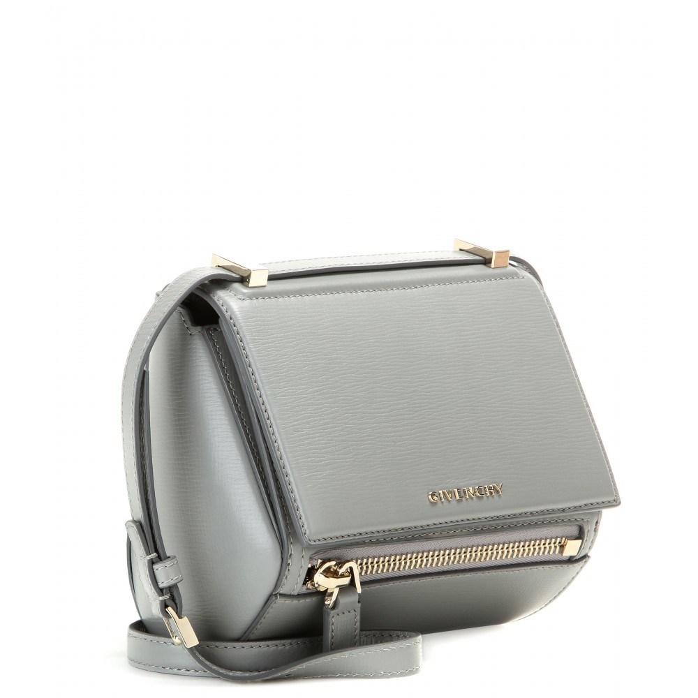29a30975b185 Gallery. Previously sold at  Mytheresa · Women s Box Bags Women s Givenchy  Pandora ...