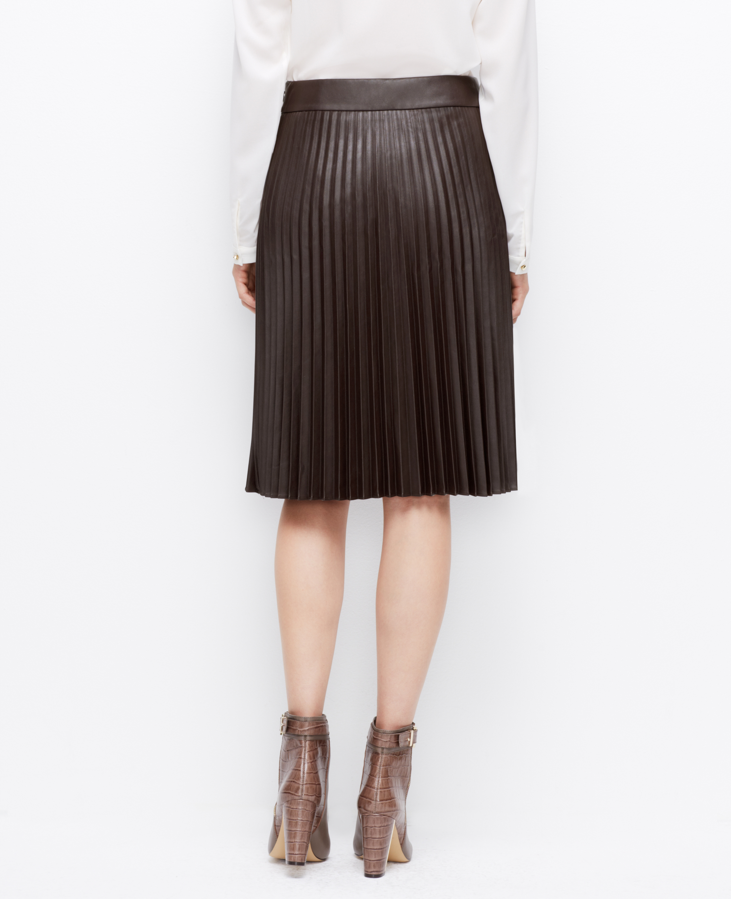 Ann taylor Faux Leather Pleated Skirt in Brown | Lyst