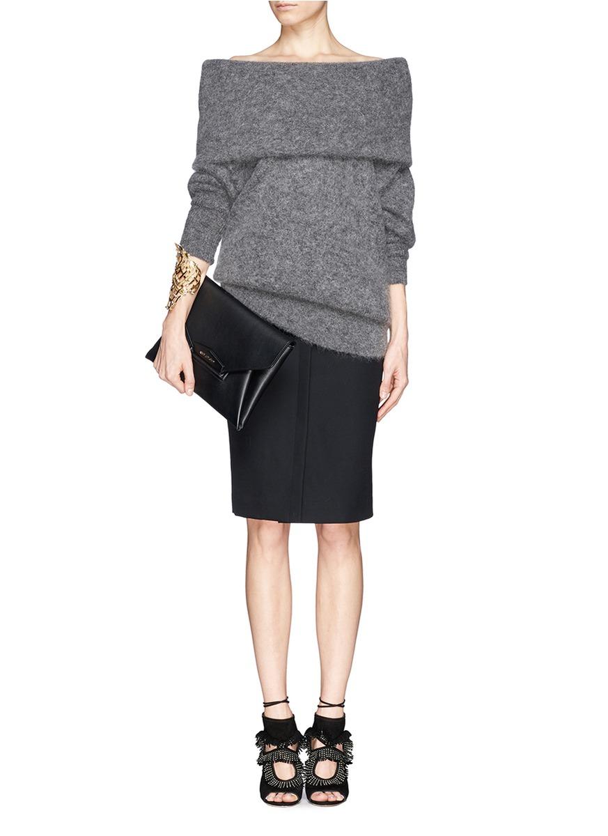 c25842521c2b Lyst - Givenchy  antigona  Leather Envelope Clutch in Black