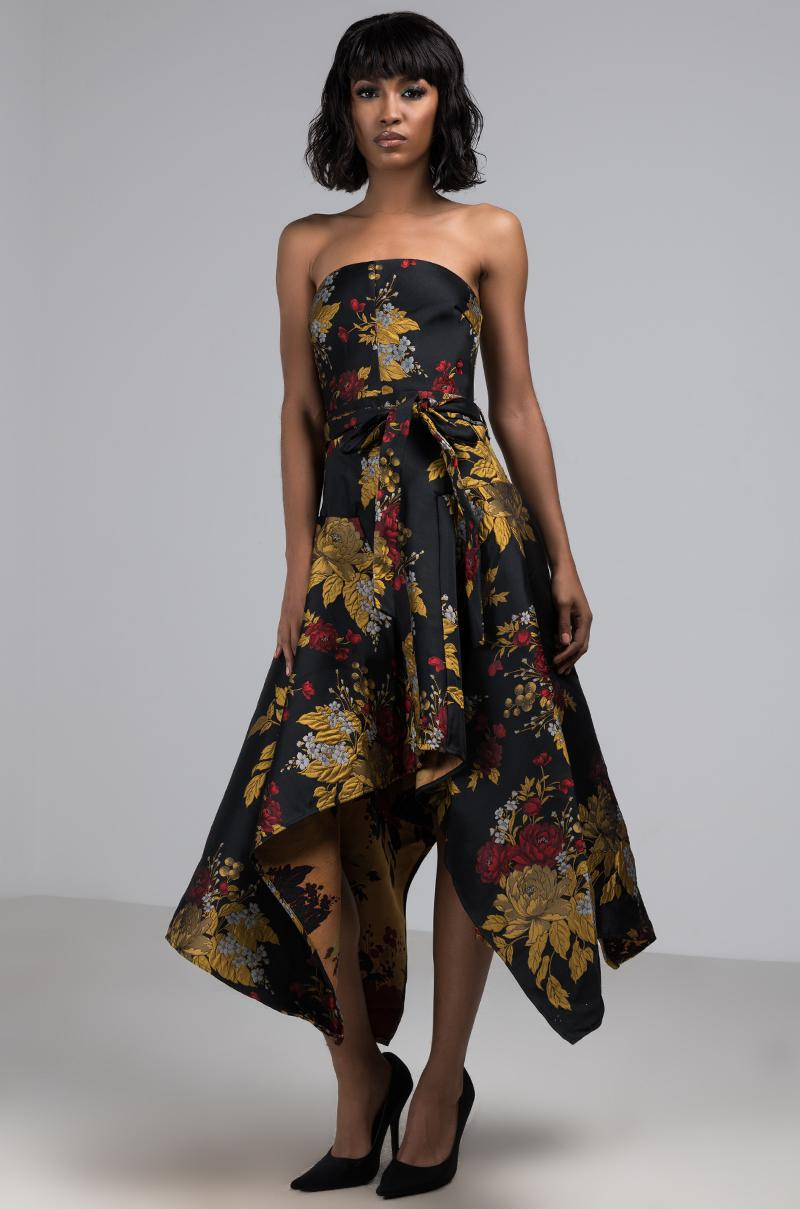 35a5edeb45 Lyst - AKIRA Falling For You Strapless Maxi Dress in Black