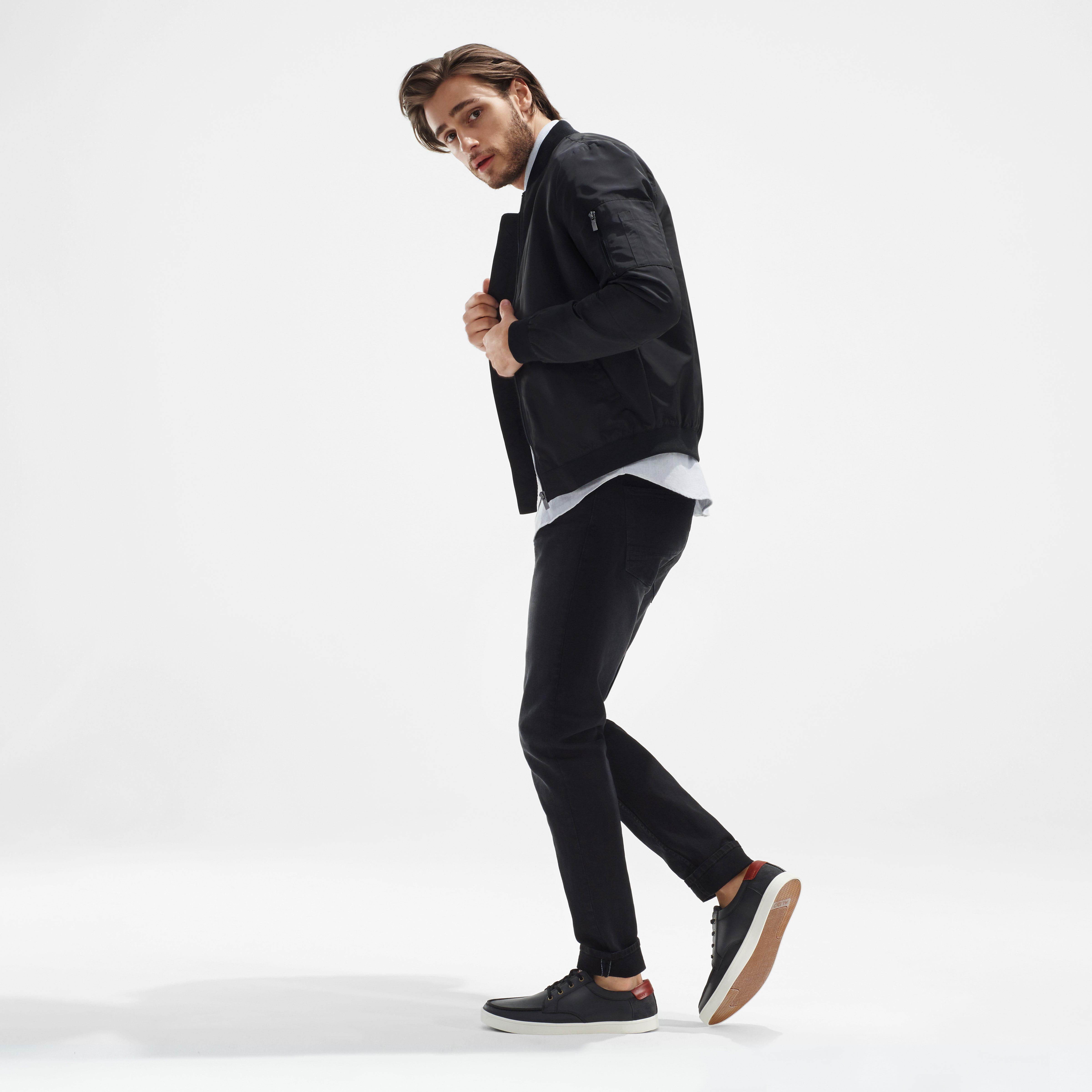 Versatile Casual Shoes Men