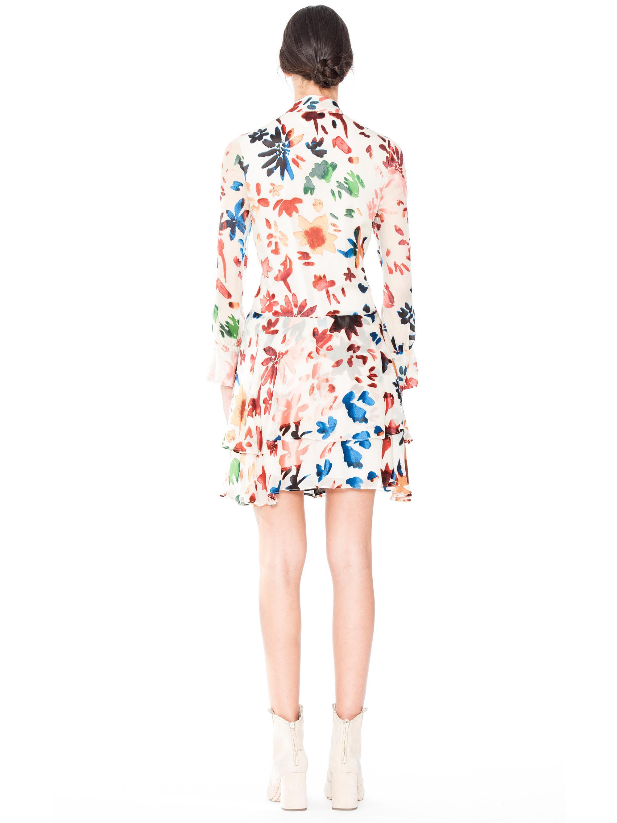 66d60e0ffa Lyst - Alice + Olivia Moore V Neck Layered Skirt Tunic Dress