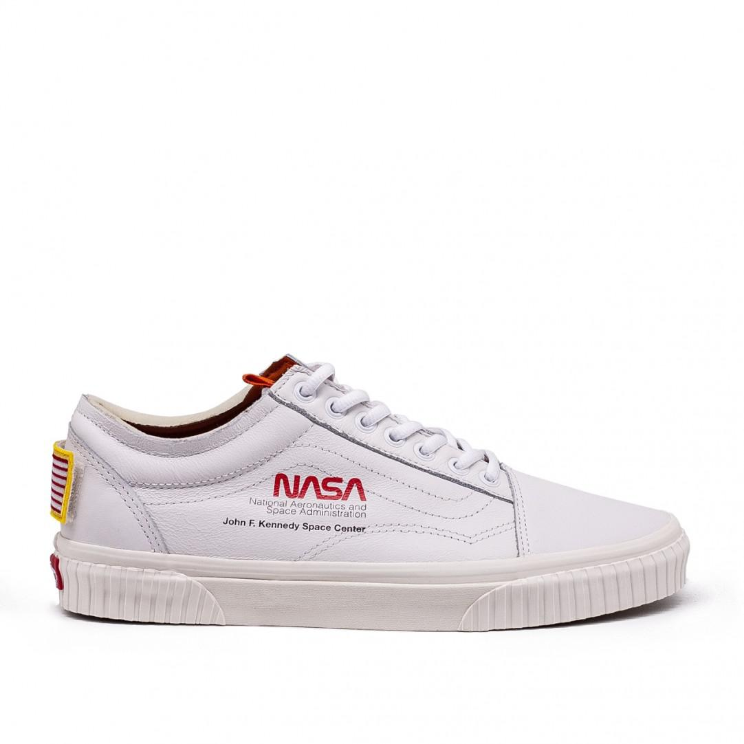 50e75c71bccfea Vans X Nasa Old Skool in White for Men - Lyst