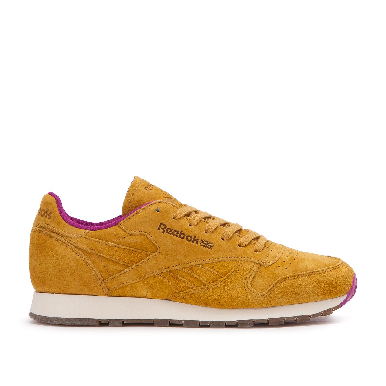d5b6b1d1ca4 Gallery. Previously sold at  Allike · Women s Reebok Classic Leather Men s  ...
