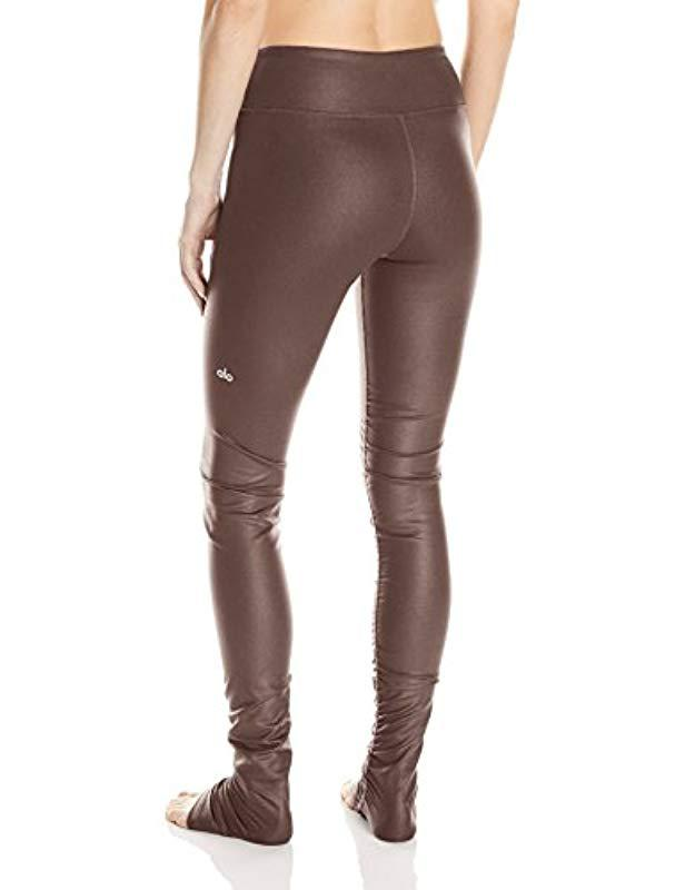 efc4a225bc01b Lyst - Alo Yoga Idol Legging in Brown