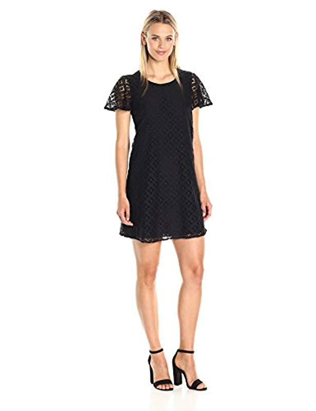 Lyst Bcbgeneration Cap Sleeve Lace Dress In Black