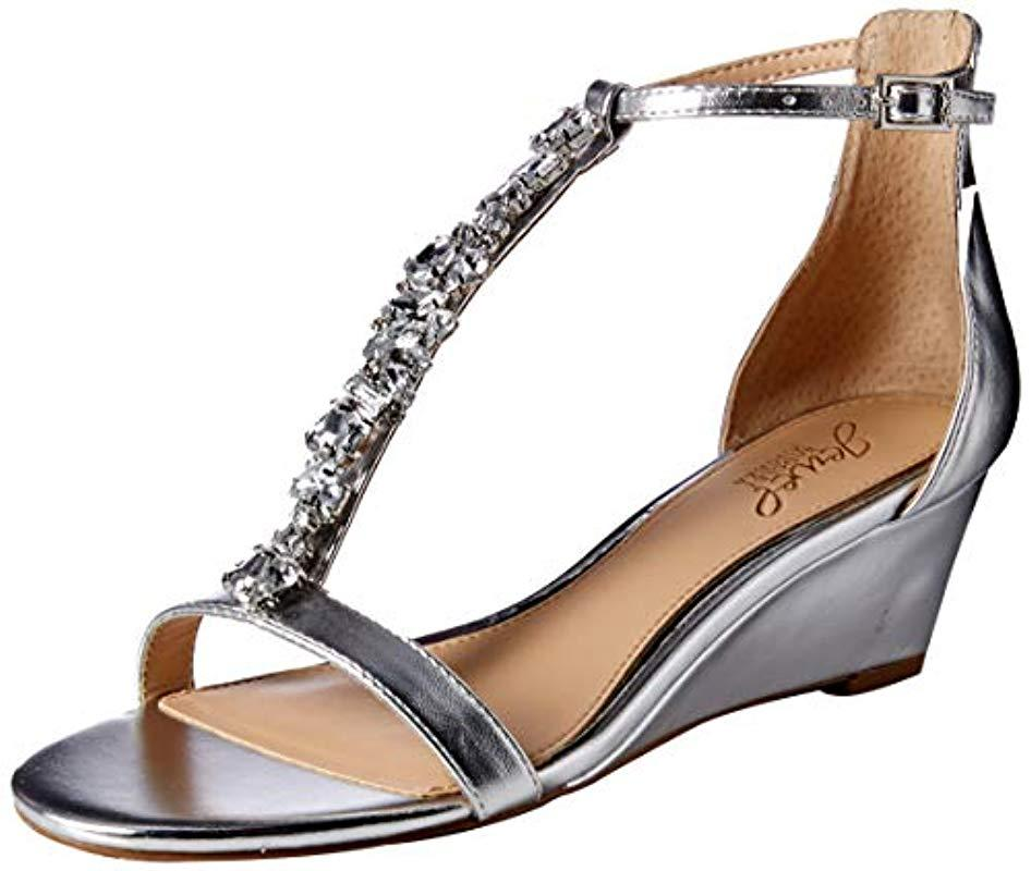 907b8f7e2 Lyst - Badgley Mischka Darrell Wedge Sandal in Metallic