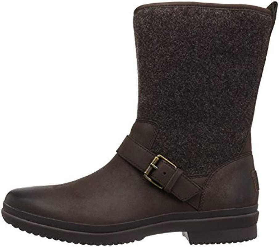 5497c328e9a UGG Robbie Fashion Sneaker in Black - Save 27% - Lyst