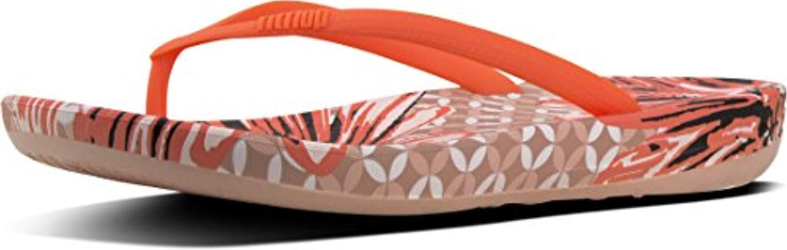 236466ca4 Fitflop  s Iqushion Ergonomic Flower-stud Flip Flops - Lyst