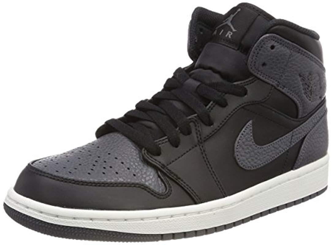 new product 9a7b0 a6f9c Nike Air Jordan 1 Mid Basketball Shoes in Black for Men - Lyst