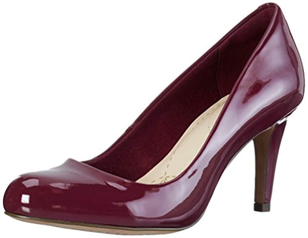 18a98bb5 Carlita Cove, Zapatos de Tacón para Mujer Clarks de color Morado - Lyst