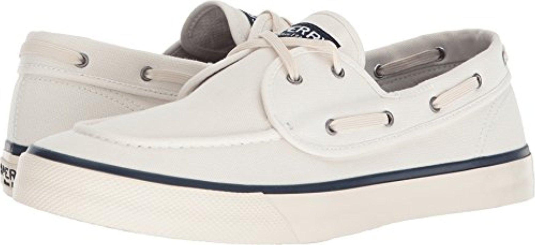 Sperry Captain's 2-Eye Nautical Sneaker SMIpn