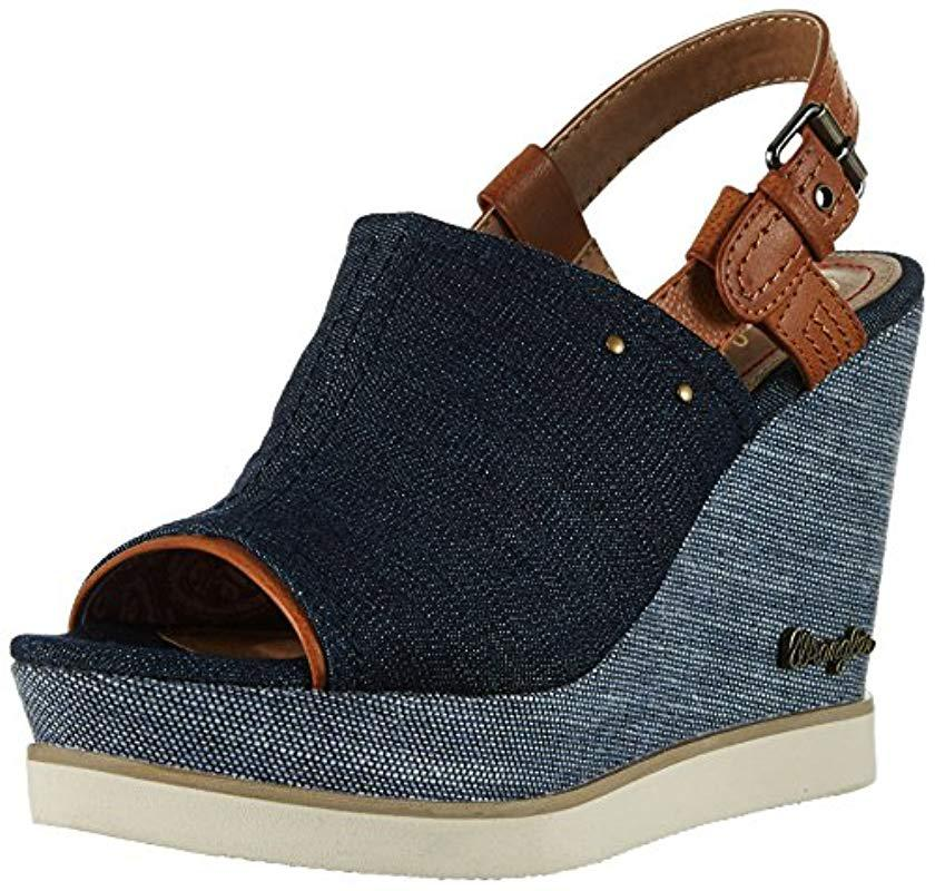 dca6f2ca7221 Wrangler Kelly Indigo Sabot Sandals in Blue - Lyst