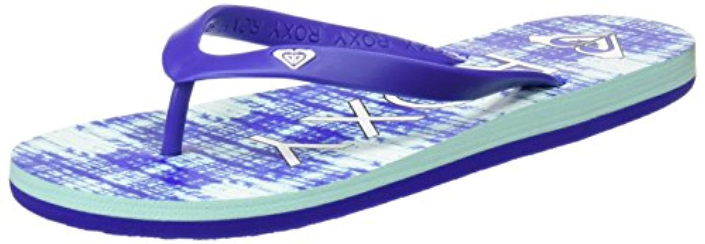 1f1ac63d7 Roxy Tahiti V Flip Flops in Blue - Lyst