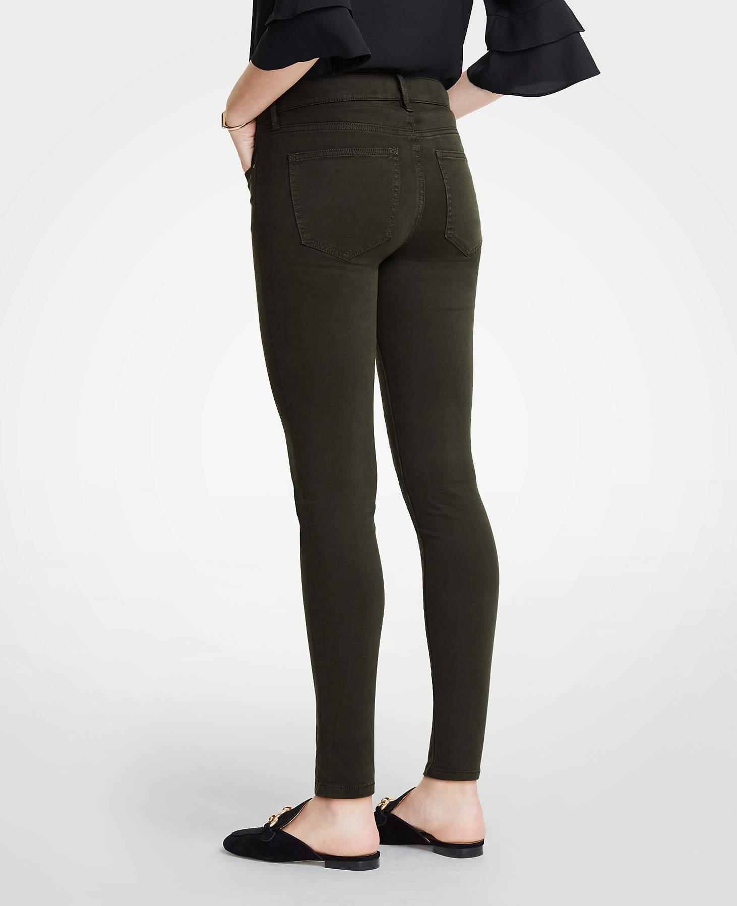 0d9362fd1385 Ann Taylor Curvy Performance Stretch Skinny Jeans In Sateen - Lyst